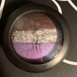 MAC mineralize eyeshadow palette outspoken